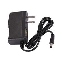 Alta qualità AC 100V ~ 240V a DC Alimentazione 12V 1A adattatore US / EU Plug + CE UL FCC