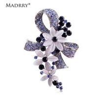 Madrry Pretty Zarif Antik Gümüş Renk Opal Tam Kristaller Broches ile Çiçek Broşlar Eşarp Pin Aksesuarları Buket Düğün