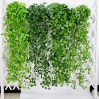 أوراق 10PCS الخضراء الاصطناعية وهمية الزهور المعلقة ورق عنب مصنع أوراق الشجر زهرة إكليل المنزل والحديقة الحائط الشنق الديكور AVL01-04