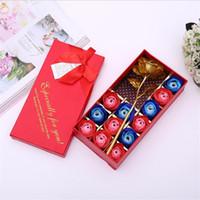 Sabun Çiçek Hediye Kutusu Romantik Gül Sabun Çiçek Taklit Altın Gül Düğün Parti Dekorasyon Yapay Gül Dekor Çiçek 12 adet / kutu