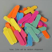 50pcs / set Mini professionale Nail File File Buffer Mix disegni casuali durevole carta vetrata per strumenti unghie manicure monouso unghie striscia