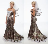 2018 Elegant Mermaid Camo Wedding Dresses Sweetheart Appliques Satin Backless Country Wedding Dresses Camouflage Cowgirls Bridal Gowns