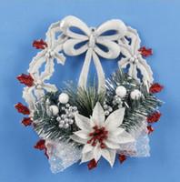 2018 زينة عيد الميلاد قلادة من البلاستيك الأبيض مرسومة باليد الإبداعية شجرة عيد الميلاد قلادة عيد الميلاد لوازم بالجملة