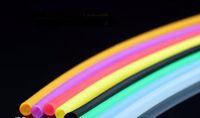 Tubo de silicone importado mangueira de borracha de silicone de alta temperatura, cada / 100 cm, estilo de entrega aleatória, canos de água, bongos de vidro, vidro Hookahs,
