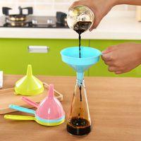 Gıda sınıfı huni taşınabilir Plastik çok fonksiyonlu uzun kolu sıvı Huniler ev mutfak aracı saf renk 0 9xy bb9