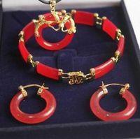 Günstige natürliche 18kgp rote Jade Armband Anhänger Ohrringe Set