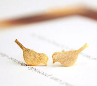 New Tiny Cute Bird Stud Earrings for Women