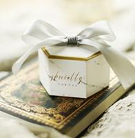 2021 Neue Kreative Gunst Inhaber Hochzeit Candy Boxes mit grauen Bändern Papiertüten Marmor gedruckt 7 * 8.2 * 4,6 cm Chololate Container-Souvenir