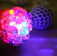 Anti-Stress-Spielzeug Vent LED Glowing Grape Ball, um die Trauben Relief gesunde lustige knifflige Geschenk Spielzeug für Kinder und Erwachsene zu kneifen