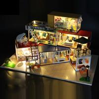 Hoomeda 13843Z 3D De Madeira Enigma DIY Artesanal Recipiente Para Casa Com Música Cover Light DIY Dollhouse Kit 3D