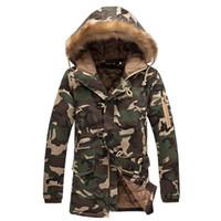 Новая зимняя мужская куртка Камуфляж и пальто с меховым капюшоном Теплый конструктор Толстые Parka Мода Мужской Outwear пальто