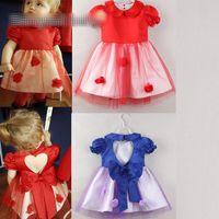 593529ce351a 2 colori Baby girl ins in pizzo a forma di cuore abito 2018 Nuovi bambini  moda manica corta abiti da principessa Rosso e blu B001