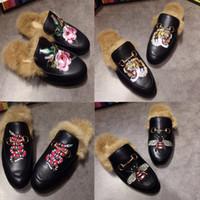 Moda Metal Zincir Bayan Casual ayakkabılar Marka Mules Princetown Erkekler Kadınlar Kürk Terlik Mules Flats Gerçek Deri W01