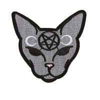 Gothic Cat Iron On Patch Ricamo Cucito fai da te Personalizza cotone Halloween invertito Pentagram Crescent Moon