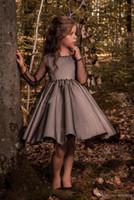 Pageant Kids Kleid Black Tüll Crew Blume Mädchen Kleider für Hochzeit Mädchen Knielange Kinder Party Geburtstags Kleid 17FLGB453