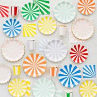 Party Einweggeschirr Streifen Goldfolie Pappteller Cup Tissue Servietten Besteck Set Babyparty-Bevorzugung Alles Gute zum Geburtstag Dekor 26 5yz Bb