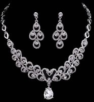 Simple Nueva Joyería de La Boda Collar de Cadena de Collar de Cadena de Cristal de Gota de Agua Joyería Nupcial Perlas Pulseras de Lujo Aretes Collar