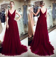 Luxus Burgunder Tulle eine Linie Lange Abendkleider mit V-Ausschnitt 100% reale Bildkomposition und wulstige Kristalle formale Partei-Abendkleider CPS1178