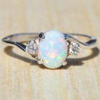 Anelli di fidanzamento Anello di fidanzamento Anello di gioielli di moda Anello di pietre preziose Collana di donne squisite taglio ovale Opale Gioielli con diamanti Regalo di compleanno regalo