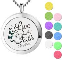 10 unids Live By Faith Aromaterapia Aceite Esencial colgante Colgante de Acero Inoxidable quirúrgico Difusor Locket Locket