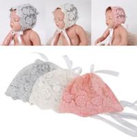 Bebek Kızlar Pamuk Dantel Kayış Çiçek Şapka Bebek Fotoğraf Sahne Çocuklar Sevimli Kap Yenidoğan Güzel Bere Kaput Şapkalar