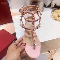 Mulheres Plus Size 35-41 Sandálias de Verão Apartamentos Novos Sapatos Da Moda para As Mulheres Oco Casual Sandalias Estilo Roma