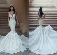 2018 Preciosos vestidos de novia de la sirena sin mangas de encaje apliques sin espalda vestido de novia Glamorous Dubai vestidos de novia de encaje de barrido