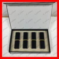 Popüler marka Dudak Makyajı Mat ruj 4 renk Dudaklar kozmetik siyah tüp mat ruj 4pcs / set iyi fiyat yüksek kalite