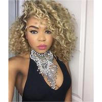 kurze afro lockige Spitze-Front-Perücke Kunsthaar für schwarze Frauen Geflechte Kanekalon Ombre Dunkel Wurzel blonde Spitze vorne Perücken Hotselling