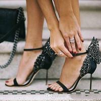 2017 Sophia Webster Evangeline Angel Wing Sandalo Plus Size 42 Pompe da sposa in vera pelle Rosa Glitter Shoes Donna Butterfly Sandals Shoes