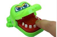 Livraison gratuite 10 Crocodile mordant le doigt petits jouets Jouets pour enfants créatifs Cadeaux Élèves Promotions prix