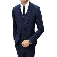 De calidad superior Blazer Masculino moda 2018 otoño Slim Fit hombres  Chaqueta Blazer azul marino Plaid ec31462668b
