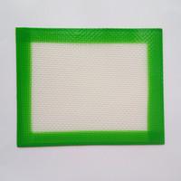 미국 캐나다 인기 FDA 백금 치료 식품 학년 작은 크기 102x127mm 비 스틱 매끄러운 오일 집중 실리콘 dab 매트 패드 실리콘 매트 패드