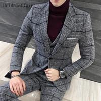 Gwenhwyfar 2018 Moda Tasarımları Düğün Erkekler Suit Set 3 Parça İngiliz Gri Ekose Erkek Tüvit Smokin Rahat Blazer Suits (Ceket + Pantolon + Yelek)