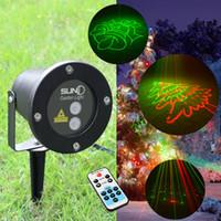 8 Grandes Patrones de Navidad Láser Luz de Navidad Al aire libre RF remoto Movimiento RG Proyector Impermeable IP65 Copo de nieve Árbol Jardín Lámparas para el jardín