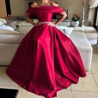 Robe de soirée rouge dos nu ceinture de l'épaule longue robe de bal manches courtes robes spéciales pour les femmes pas cher