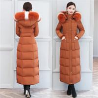 Chaqueta de pluma Pato Abajo Abrigo Parka de invierno Mujeres Tops largos Real Cuello de piel grande Abrigo cálido Abrigos de vestir Slim Fit 2018 Nueva Moda