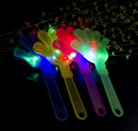 New Clap Your Hands LED lampeggiante giocattolo musicale Maraca Light Up Shake Toy Bar KTV Puntelli di Halloween Halloween Glow Party Supplies