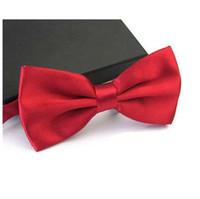 AWAYTR Cravatta per gli uomini Moda Tuxedo Classic Misto tinta unita Farfalla Festa di nozze Papillon Cravatta Accessori da uomo
