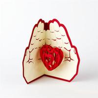 عيد الحب هدية عيد الحب في اليد 3D المنبثقة بطاقات المعايدة بطاقة بريدية مطابقة مغلف ليزر قطع بطاقة بريدية
