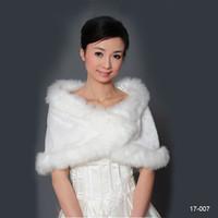 2019 Cheap Faux Inverno Fur nupcial envoltório de casamento Cape Xaile Jaquetas Casaco Bolero Tippet roubou para No banquete de casamento Stock