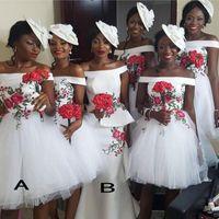 Afrikanische Short Brautjungfer Kleider weg von der Schulter Satin Appliques Trauzeugin Land Brautjunferkleider Günstige Wedding Guest Kleid