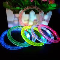 Moda Gafas Led Para Fiestas 90 unids / lote cambio de color Led luz de la pulsera luminosa para la fiesta de Navidad accesorios c706
