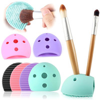 Silicone Egg Cleaning Gant Maquillage Lavage Brosse Séchage Racks Scrub Tool Brush Cleaner Outils de lavage pour les pinceaux de maquillage