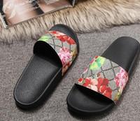 Größe 35-46 Männer Frauen Sandalen mit der richtigen Blume Box Staubbeutel Designer Schuhe Schlangendruck Luxus Rutsche Sommer breite flache Sandalen Slipper