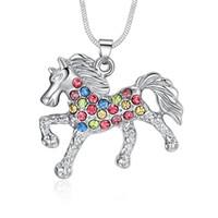 Drop Shipping Schnell Verkaufte Mode Splitter Überzogene Glück bunte strass Pferd Mit Kristall Tier Anhänger Schlangenkette Halsketten