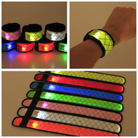 Led Bracelet Sport Slap Dragonne Bandes Lumière Flash Bracelet Glowng Brassard Sangle Pour Xmas Party Concert Brassard