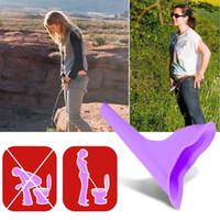 Envío gratis Al Aire Libre Nuevo Diseño Mujeres Urinario Viajes Camping Dispositivo de Micción de Silicona Suave Levántate Pee Femenino Dispositivo de Inodoro Urinario
