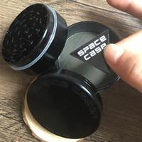Heiß auf verkauf 63mm schleifer 4 schicht aluminiumlegierung cnc zähne tabak trockene krägemühlen für rauchen space case schleifer silber schwarz
