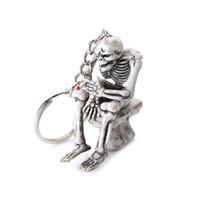 Portachiavi dello scheletro della toilette Portachiavi del sacchetto della borsa del keychain di gomma del cranio Portachiavi del pendente dei nuovi monili di modo per unisex Regali divertenti